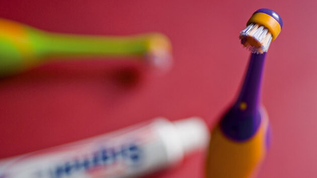 cepillos-de-dientes-elc3a9ctricos-para-nic3b1os3-4611098