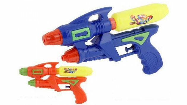 juguetes-favoritos-verano-pistolas-agua-jpg2_-8811680
