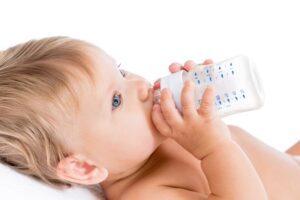 agua-para-bebes-3692195