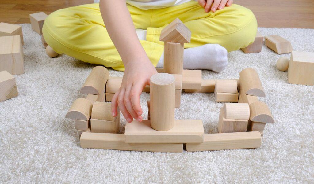 juguetes-de-madera-4032920